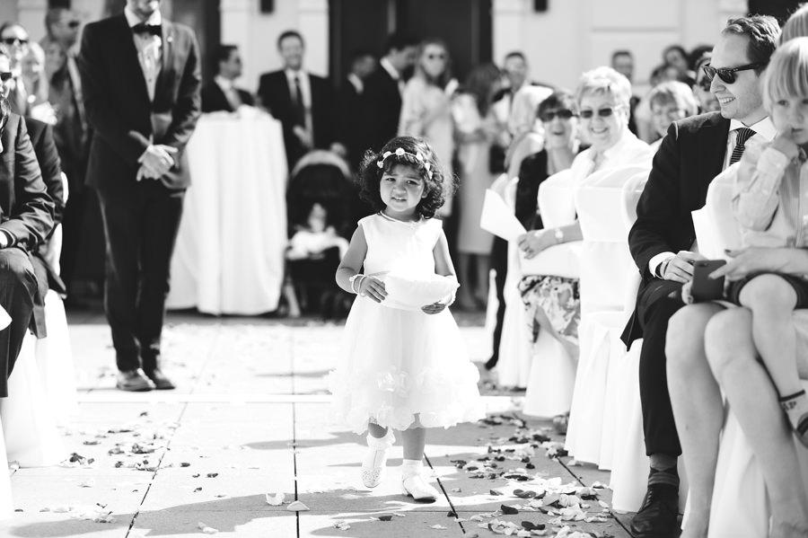processional in gundel restaurant wedding - Zácsfalvi Gyula