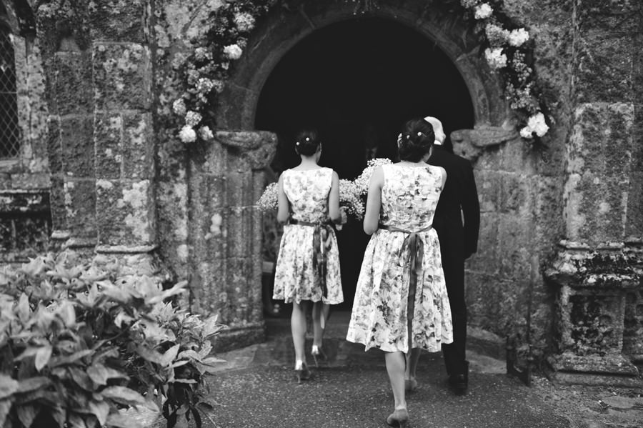 Bridesmaids entering St Enoder Church, Cornwall, England - Zácsfalvi Gyula