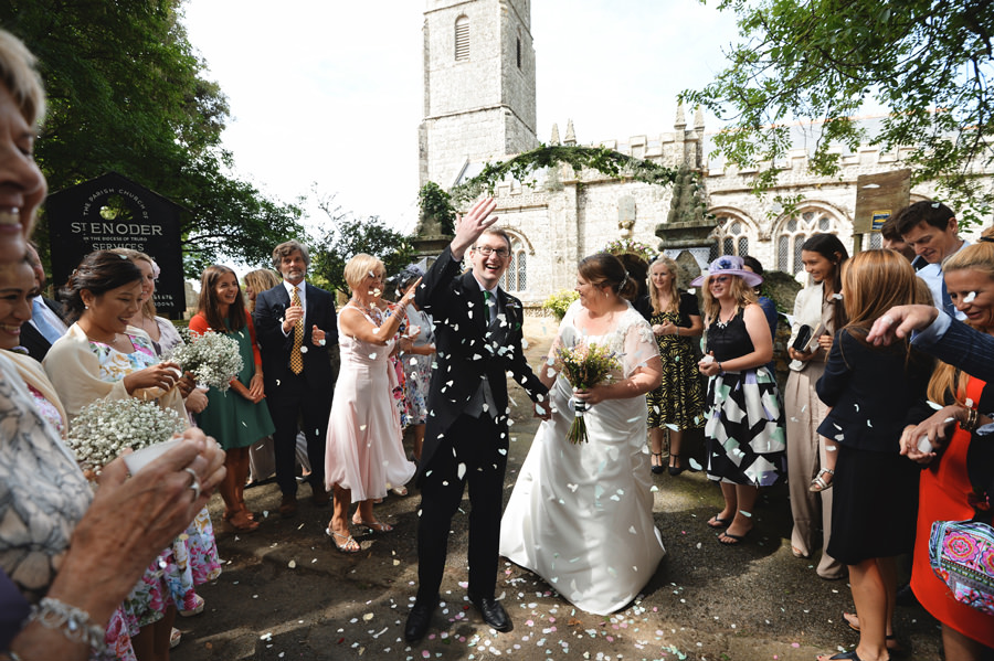 Confetti throwing in front of church. Cornwall, England - Zácsfalvi Gyula