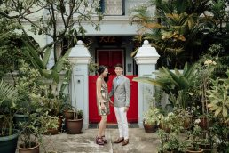 Couple photo in Singapore in shop house area