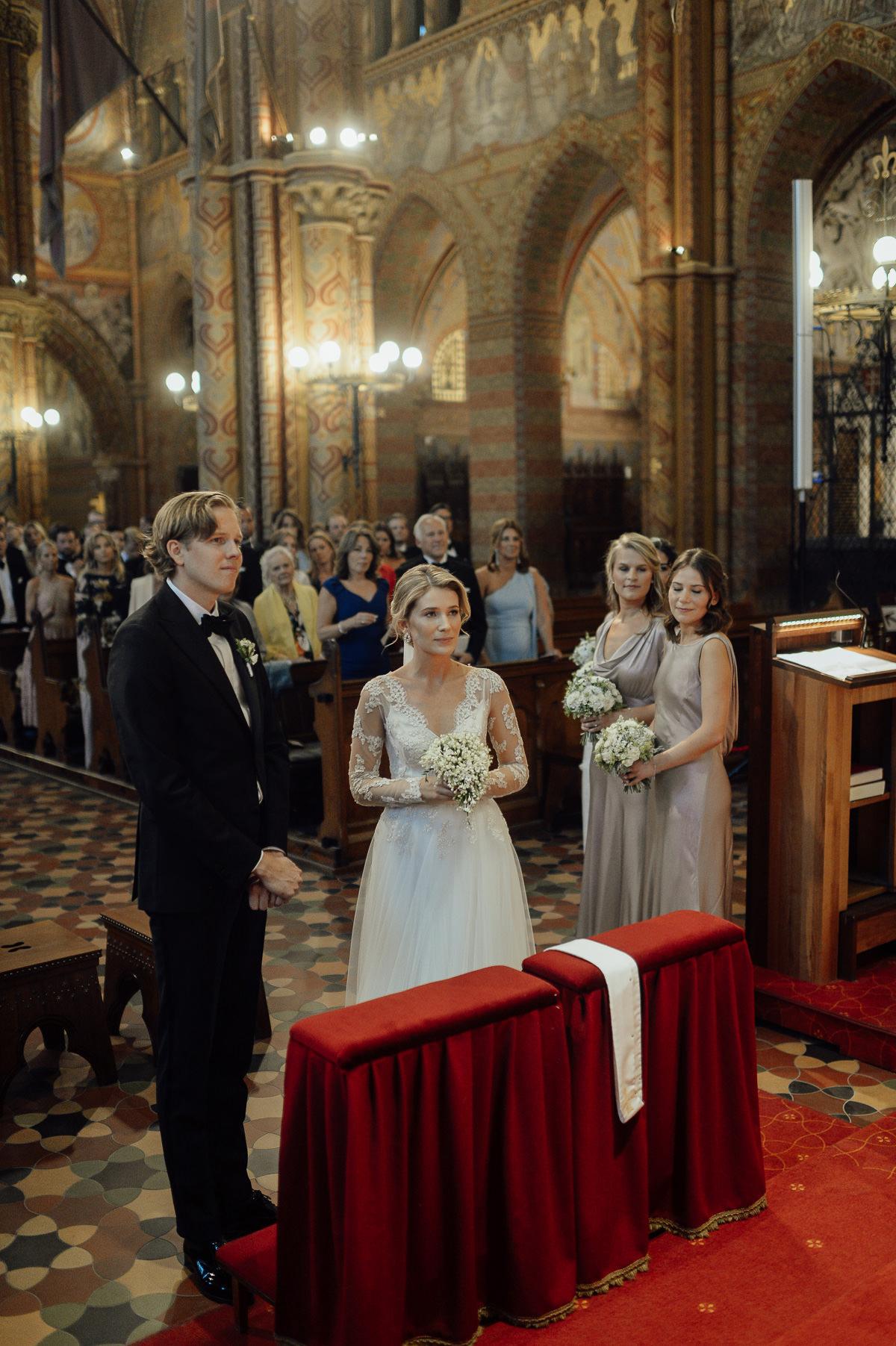 Wedding ceremony in St Matthias Church Budapest photography