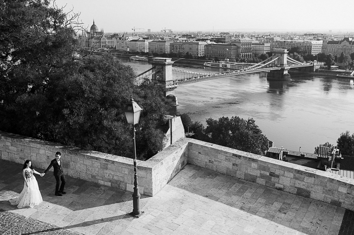Budapest pre wedding photography chain bridge