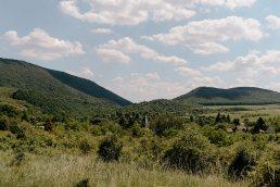 Budapest környki esküvő helyszín, dimbes dombos táj