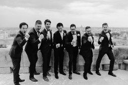 wedding group photos groomsmen