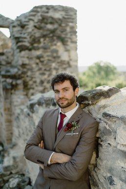 Szent Balázs templomrom kreatív esküvői fotó