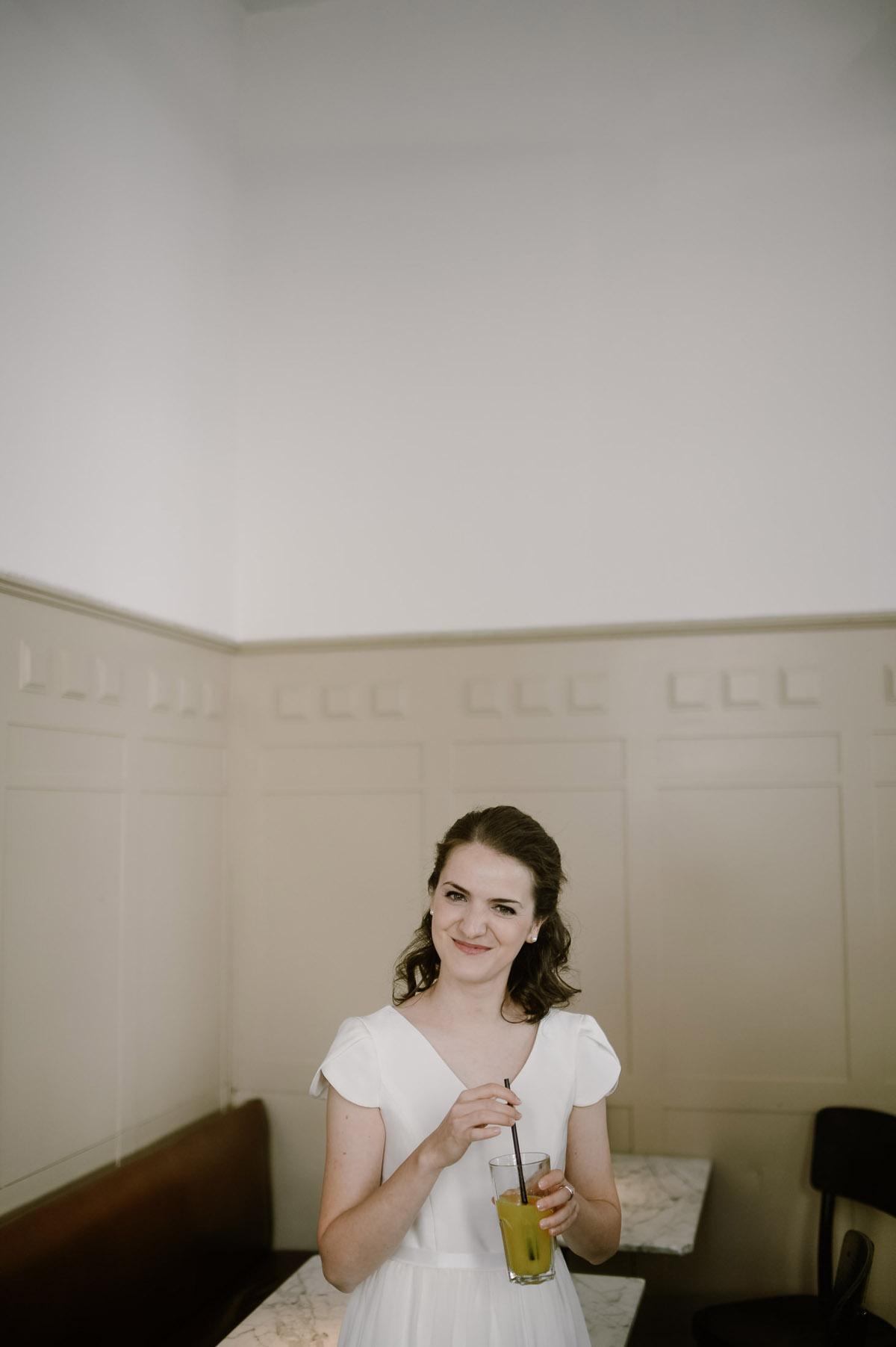 Bride in cafe in Vienna