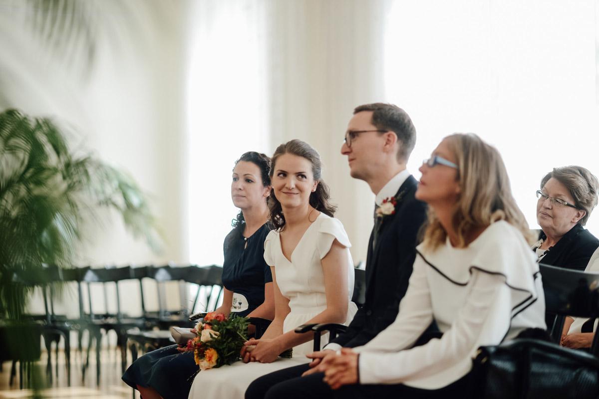Micro wedding Vienna ceremony Standesamt innere Stadt