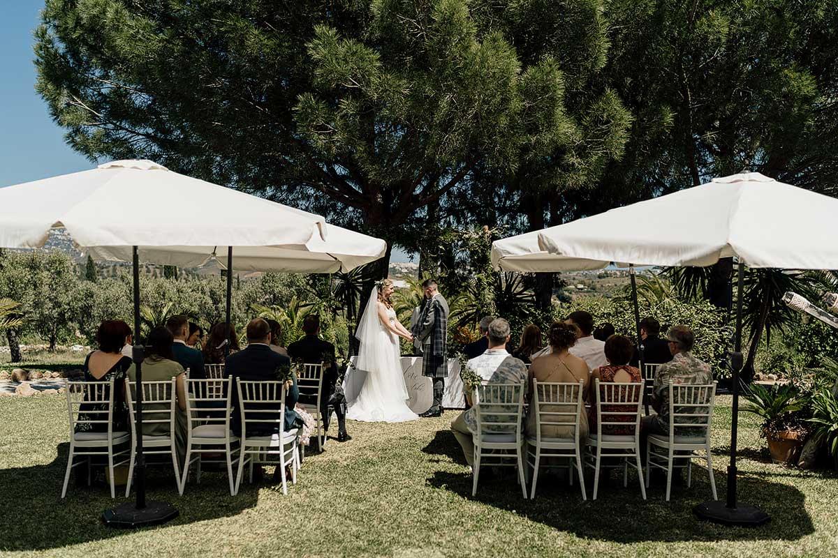 Micro wedding ceremony in the garden
