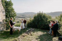 Mikro esküvő ceremónia Szent Balázs templomrom